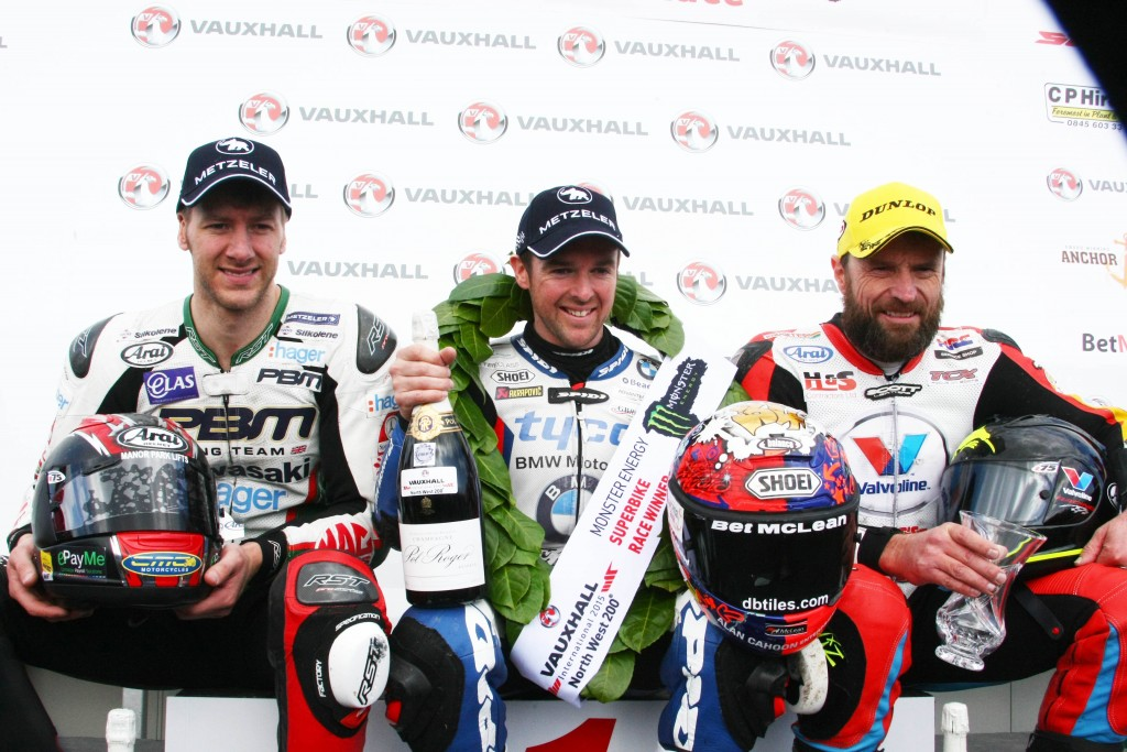 RECORD 15TH VICTORY AT NORTH WEST 200 FOR SEELEY & TYCO BMW